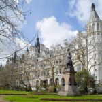 Royal Horseguards Hotel: Two Babes, One Night and Afternoon Tea