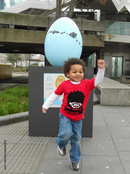 Big Egg Hunt at South Bank (Trendy Toddler)
