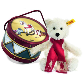 Win a Steiff Collectors' Teddy Bear (12 Days of Xmas 2012)!