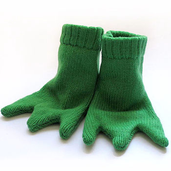 Knitted Frog Feet Booties