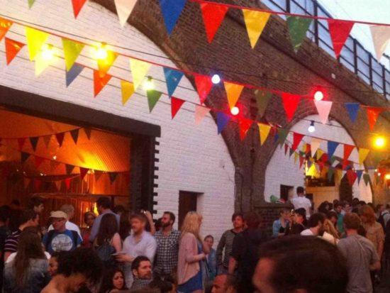 Backyard Cinema at London Fields Brewery