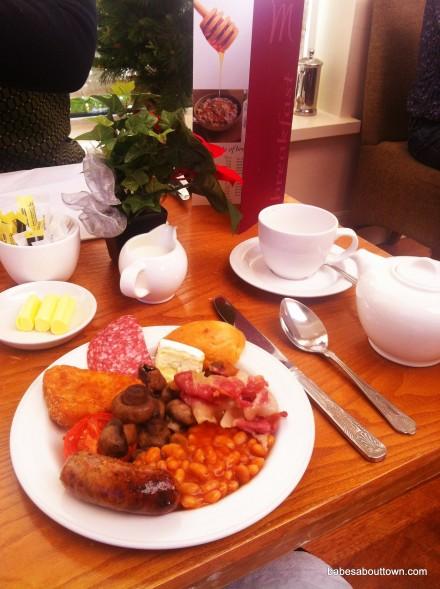 Mercure Queen's Hotel breakfast