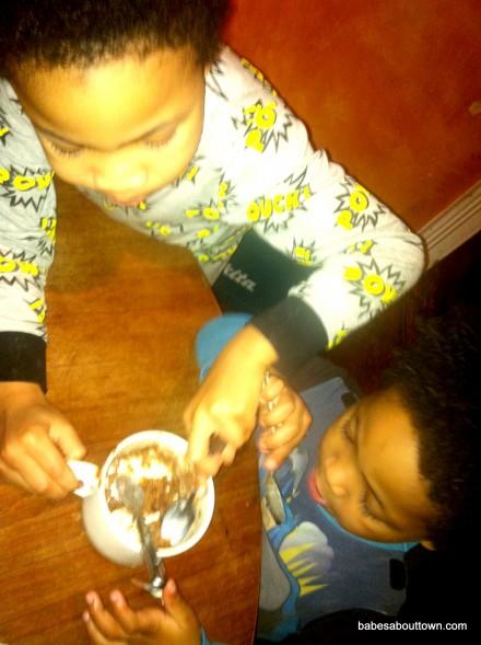 5 minute chocolate cake munchies