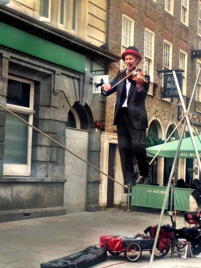Brighton Fringe street performer