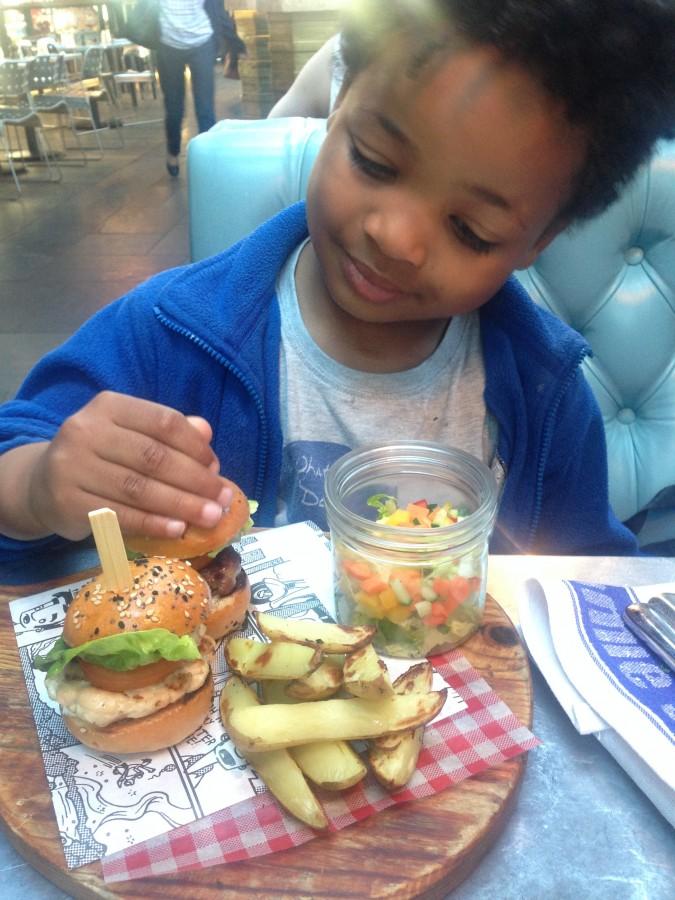 Jamie's Italian kids burgers