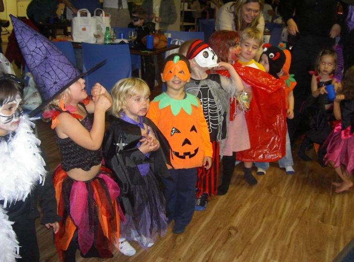 Eddie Catz Halloween party