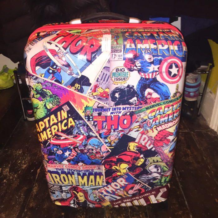 Marvel Universe Live suitcase
