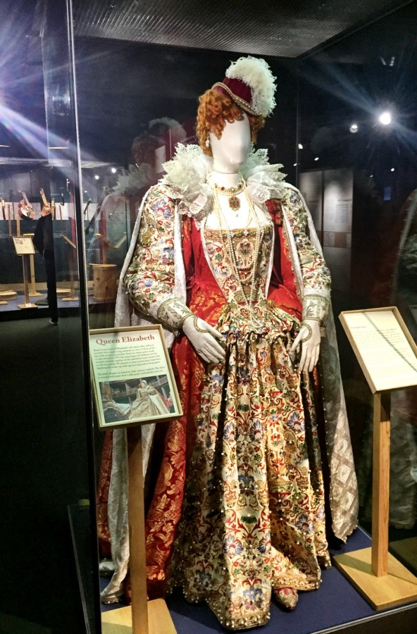 Shakespeares Globe Exhibition Queen Elizabeth costume