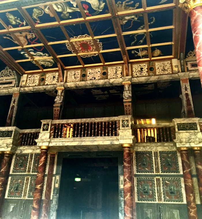 Shakespeares Globe Theatre ceiling
