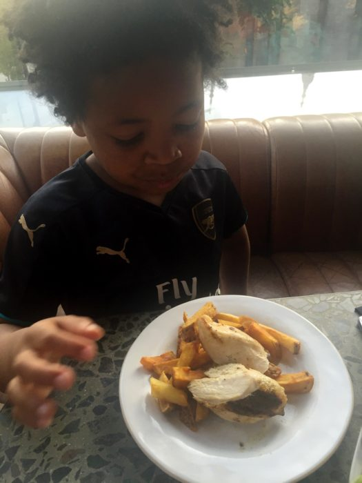 Barbecoa kids meal chicken breast