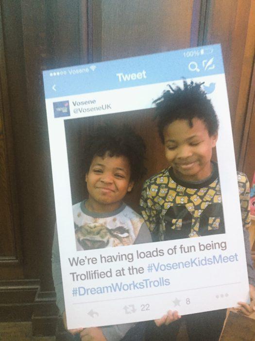 Trolls Vosene Kids Meet Tweet