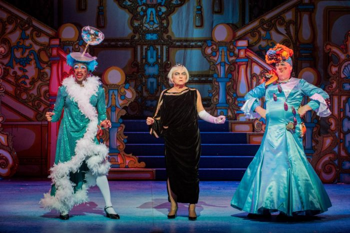 Cinderella Hackney Empire panto with Susie McKenna, Kat B and Tony Whittle