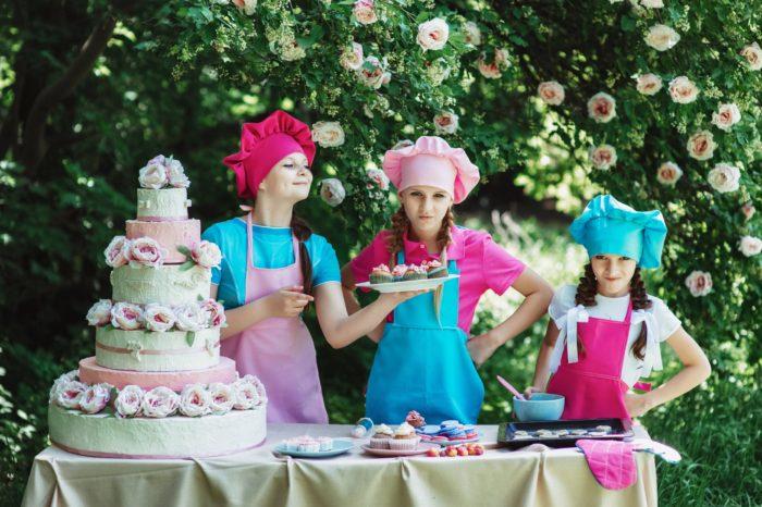 Royal Wedding party cake kids
