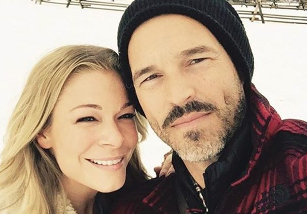 LeAnn Rimes and Eddie Cibrian Lookalike Couples