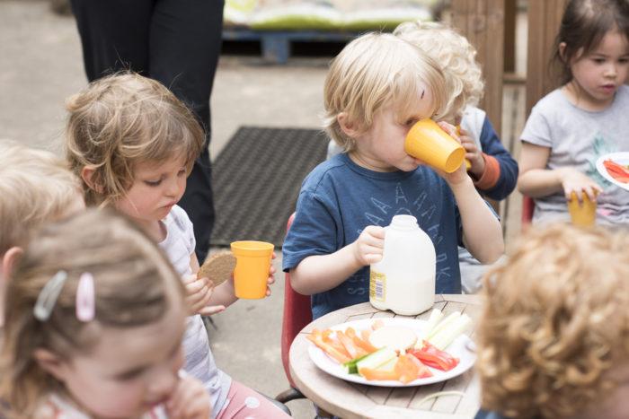 Healthy eating snacks at Aberdeen Park Nursery
