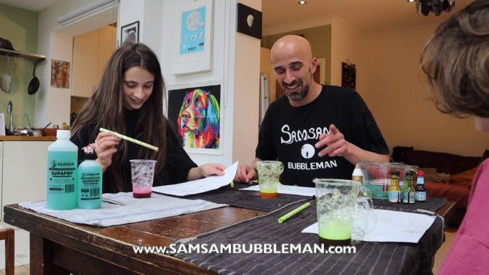 Samsam Bubbleman bubble workshop